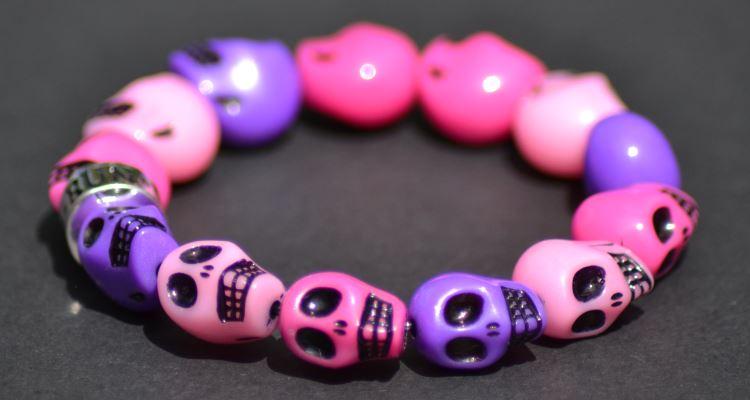 run-skull-bracelet